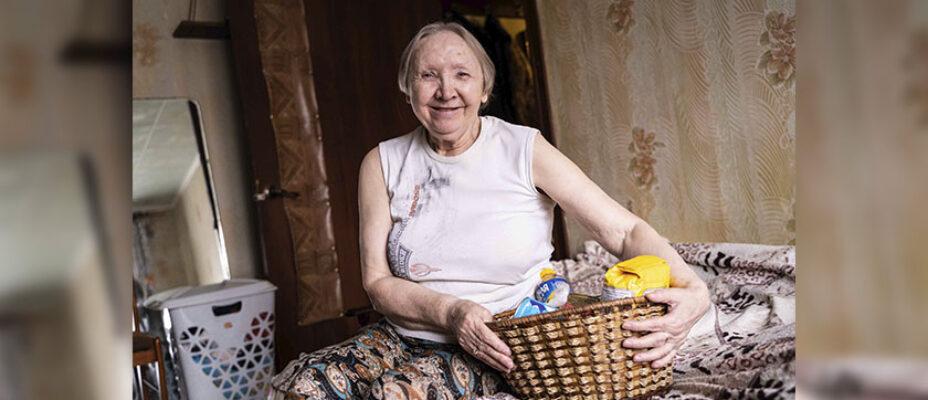 пенсионерка-с-корзиной